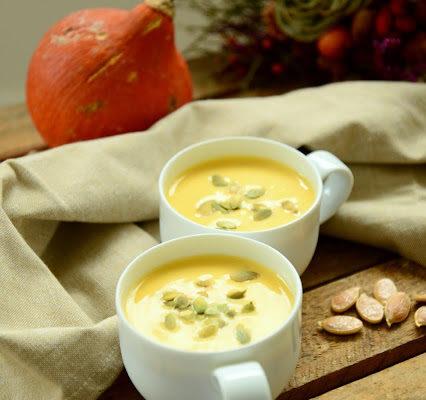 Zupa krem z dyni z serem manchego