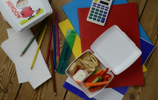 Pieczona pita i warzywa, czyli ulubiona śniadaniówka naszych dzieci