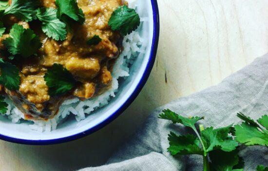 Boller i Karry, czyli duńskie klopsiki w sosie curry